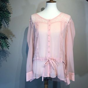 Jeans by Buffalo Sheer Pink Brooks Blouse Large